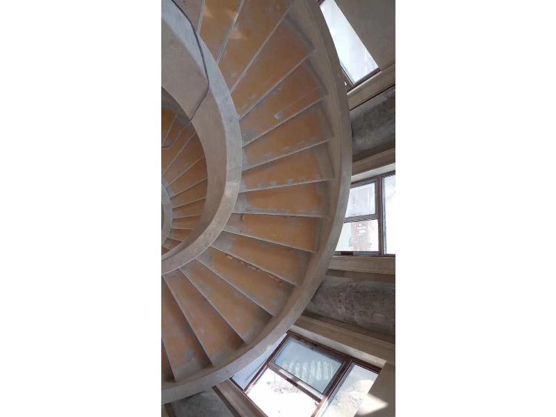 螺旋楼梯1.jpg