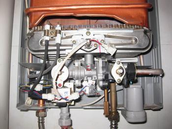 重庆热水器维修价格|热水器维修_质信电器服务公司