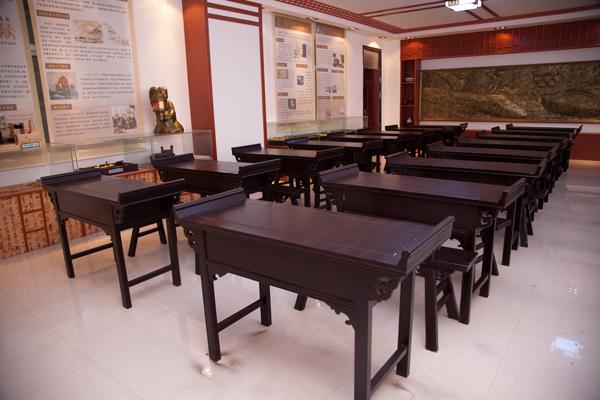 西飛一中歷史室6.jpg