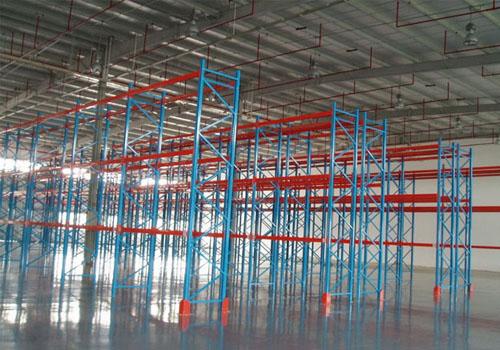 立柱式阁楼货架的特点优势 货架知识-重庆市新百源金属制品有限公司