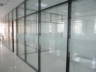 玻璃隔断墙价格是多少_重庆隔断
