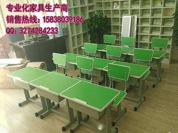 有口皆碑的课桌椅供应商—平顶山学生单人可升降课桌椅(动态)|新闻-郑州美冠家具有限公司