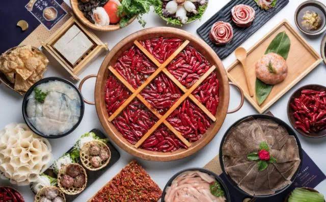 教你牛尾火锅和肥肠火锅的调制_重庆火锅培训