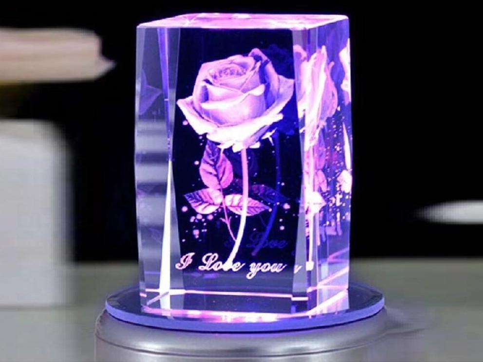 水晶工艺品 内雕 十二生肖 方形圆形设计|水晶内雕工艺品礼品-浦江鸿亿水晶礼品有限公司