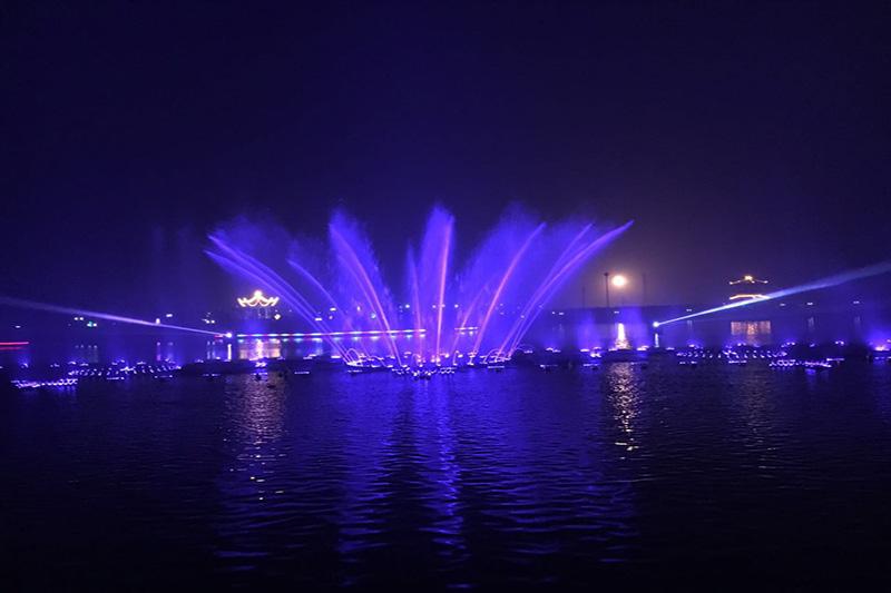 鹿邑上清湖大型音乐喷泉|工程案例-山东中润喷泉工程有限公司