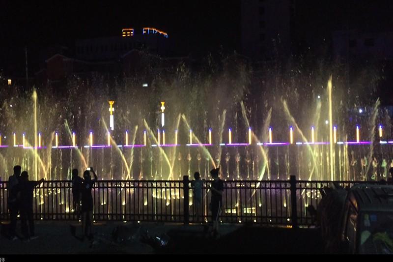 鹿邑阎沟河大型音乐喷泉|工程案例-山东中润喷泉工程有限公司