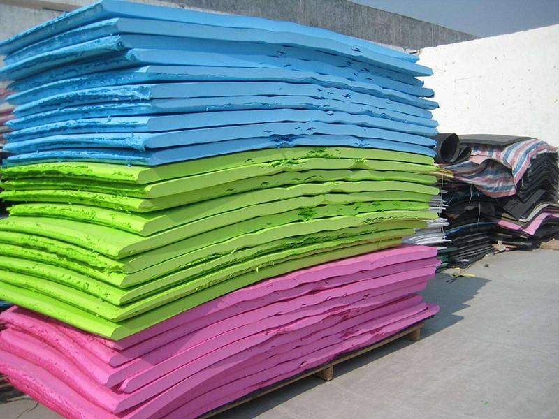蓝色EVA泡棉片材 EVA板材裁切订做 环保无味EVA泡棉包装材料|EVA泡棉内衬/雕刻-佛山市鸿辰包装材料有限公司