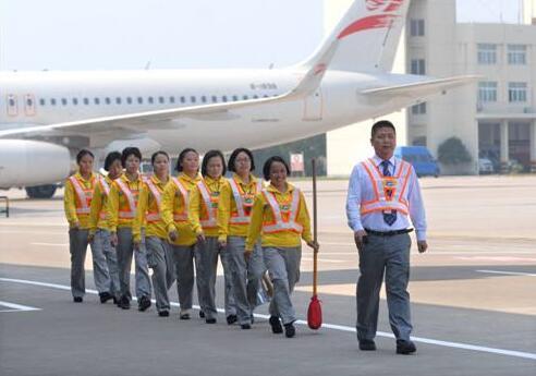 重庆机场保洁