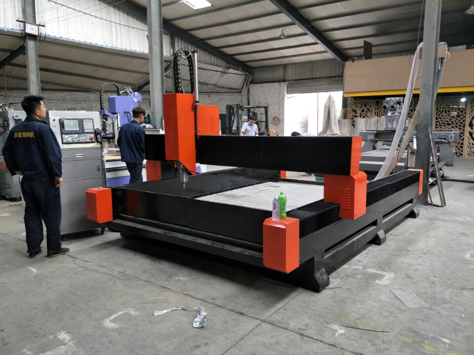 SD-SC2025-CNC重型石材雕刻機.jpg