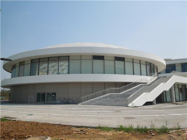 中國移動(洛陽)呼叫中心籃球館單層網殼工程1.jpg