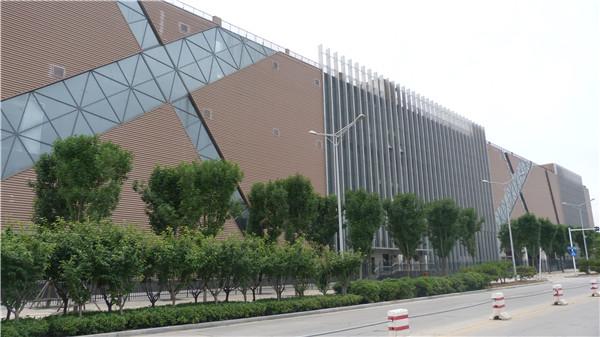 華懿工業園CO5標準化廠房外立面裝飾工程2.JPG