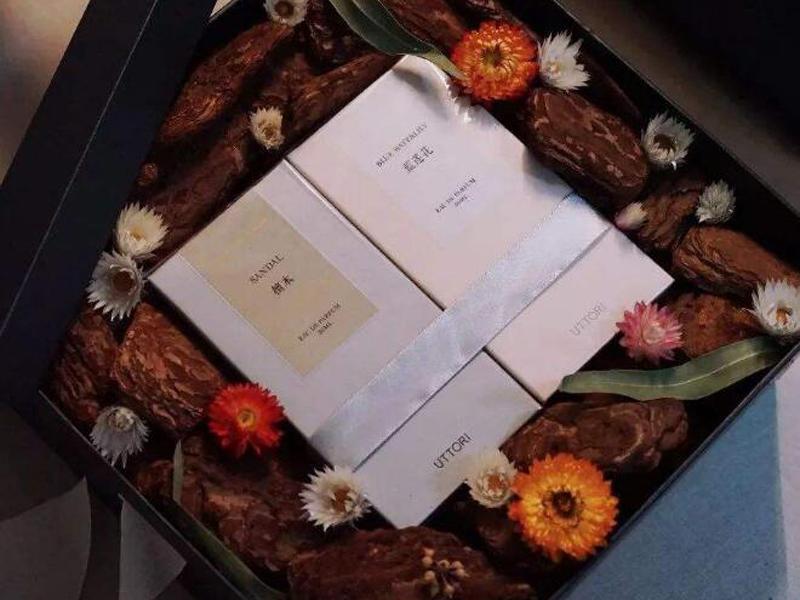 兰州香水盒定制.jpg