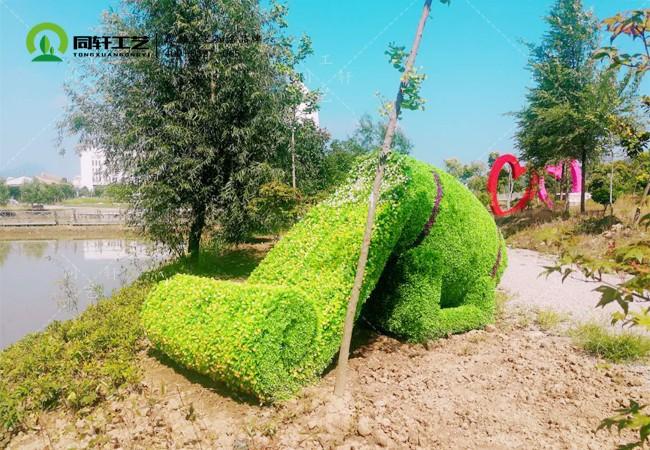 仿真绿雕花瀑