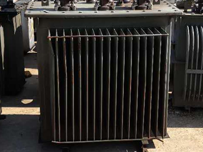 回收废旧变压器