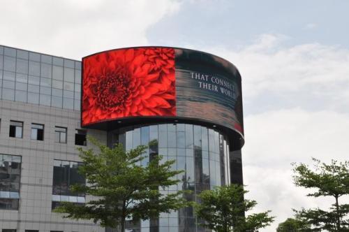 球场LED大屏幕特色|行业知识-重庆腾耀科技69棋牌游戏大厅