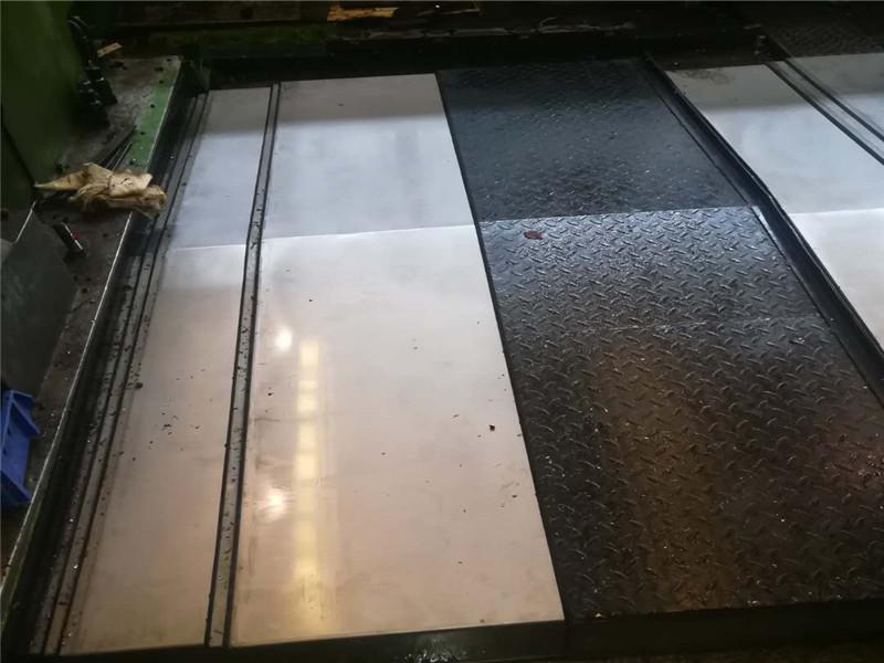鋼板防護罩 防塵罩  數控機床導軌防護罩伸縮式不鏽鋼防護罩|機床防護罩-滄州利來娛樂AG旗艦廳製造有限公司