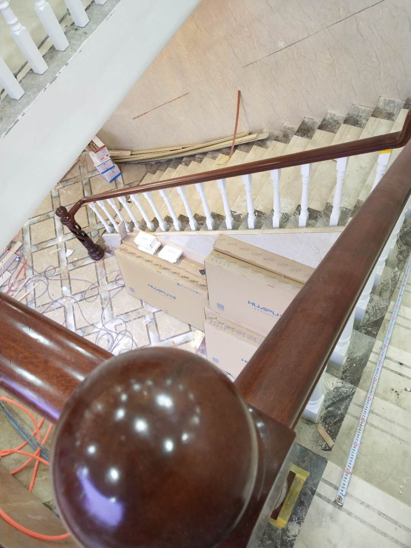 楼梯产品_厦门楼梯_实木楼梯_楼梯扶手_厦门楼梯制作_楼梯设计