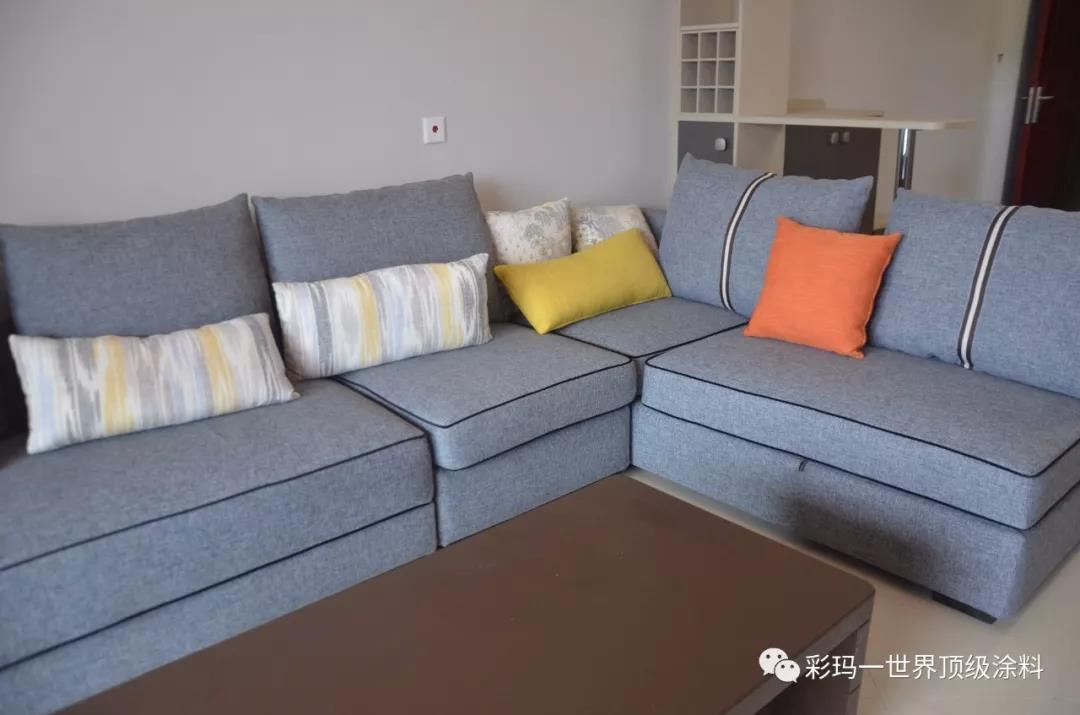 简约墙面与家具的搭配