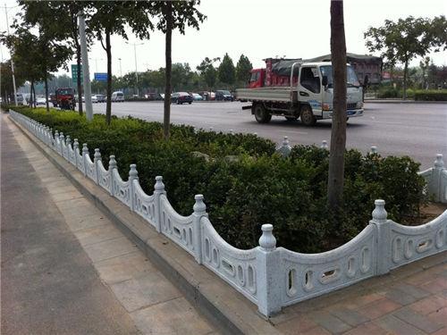 陕西草坪护栏|西安草坪栅栏系列-陕西毅力景观材料有限公司