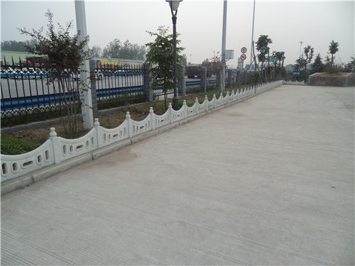 西安草坪护栏|西安草坪栅栏系列-陕西毅力景观材料有限公司