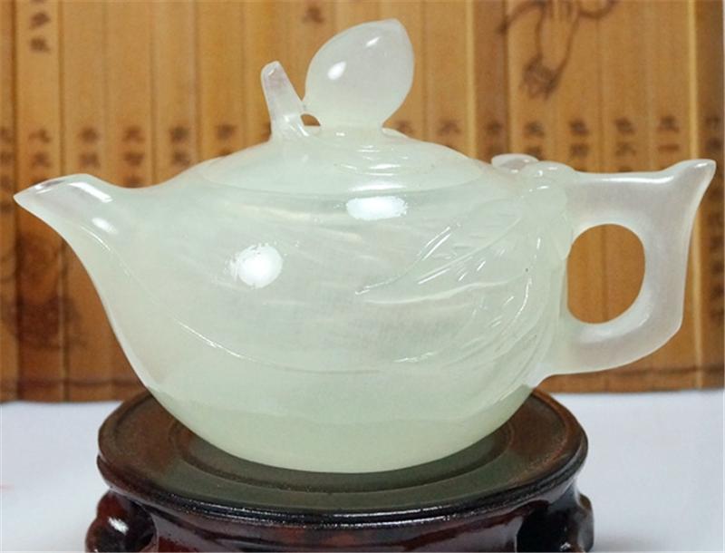 青玉桃茶壶.png