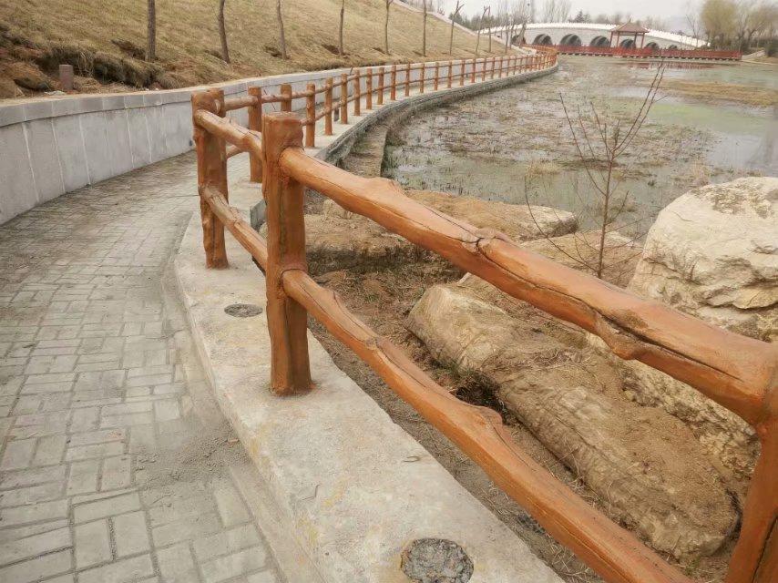 临沂仿木栏杆案例|仿木栏杆-山东鲁泽景观工程有限公司