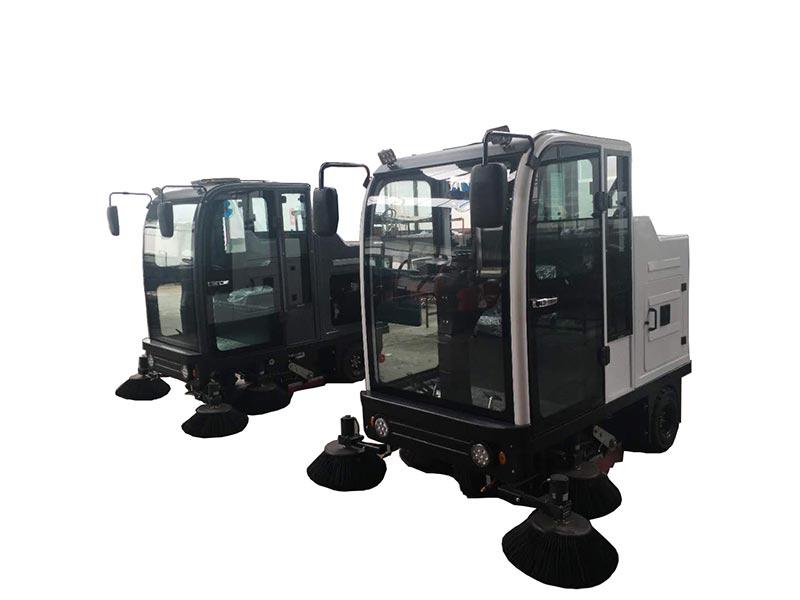 SC2000封闭电动驾驶式扫地机