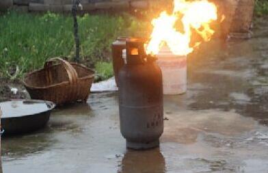 发现煤气罐起火爆炸时需要做这些