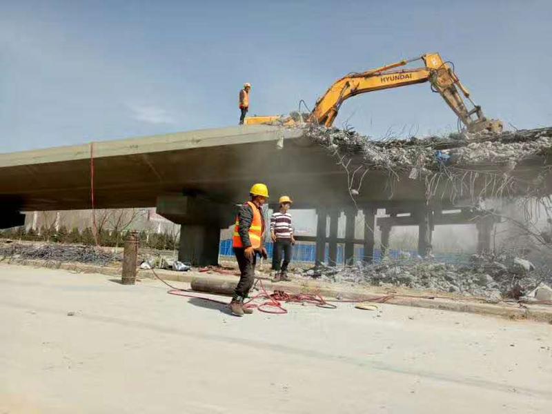 銀川橋梁拆除