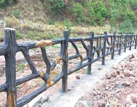 景区仿真树皮栏杆|单页-山东鲁泽景观工程有限公司