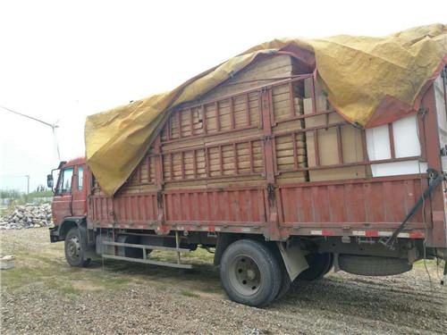 比利·电炕板专车送往齐齐哈尔! 热水炕案例-西安比利新能源供暖有限公司