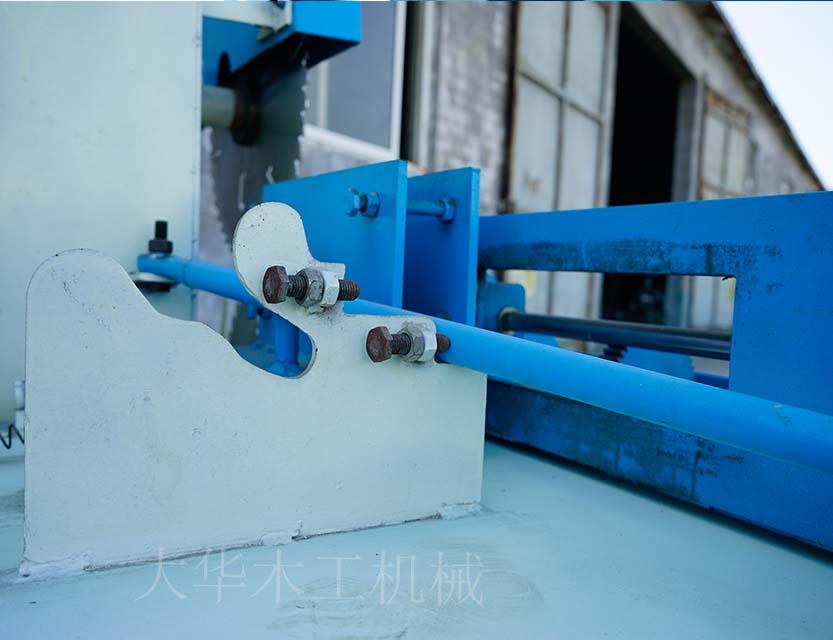 推台锯开板材总是爆边|多片锯技术-曹县大之华机械制造有限公司