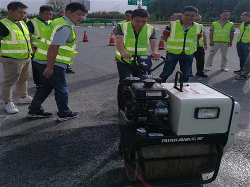 小型機具現場演示|設備施工-西安亚游機械設備有限公司