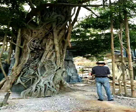 室内假树.jpg