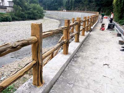 怎样避免仿木栏杆在制作中出现裂缝现象