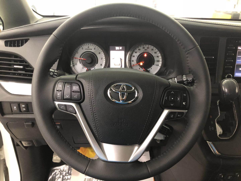 18款丰田塞纳 两驱运动版|丰田-辽宁博亚欧汽车销售服务有限公司