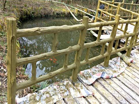 河道栏杆.jpg