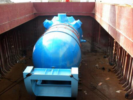 反应堆压力容器