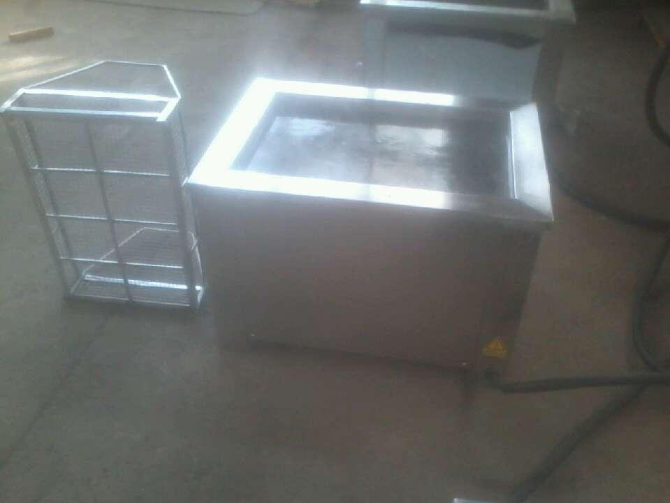 【超声波清洗设备厂家】超声波清洗机是利用的超声波空化的原理