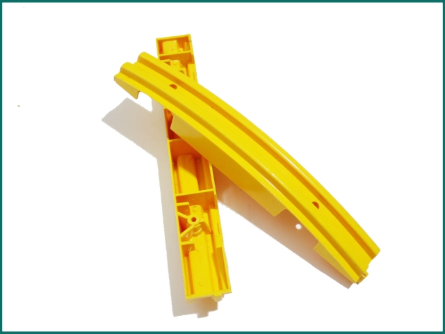Schindler escalator yellow strip SCS319903...jpg