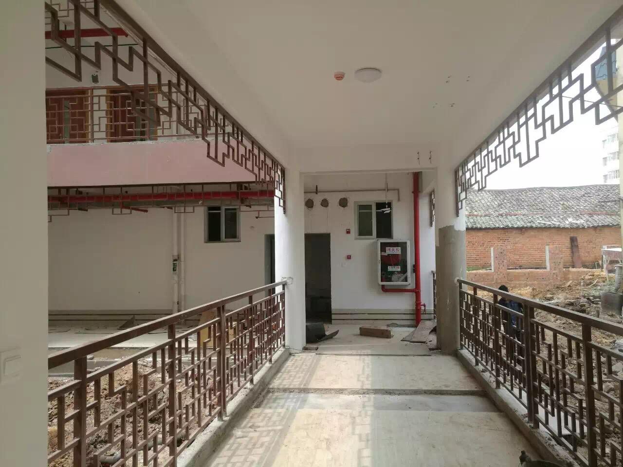 中式阳台护栏|花式阳台护栏-广西众展金属制品有限公司
