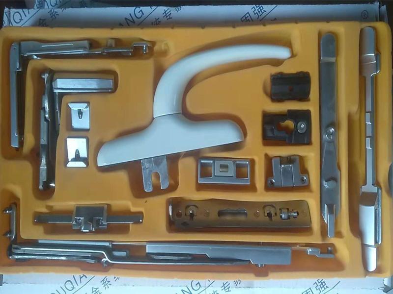 铝合金隐形平开下悬系统精装盒样板