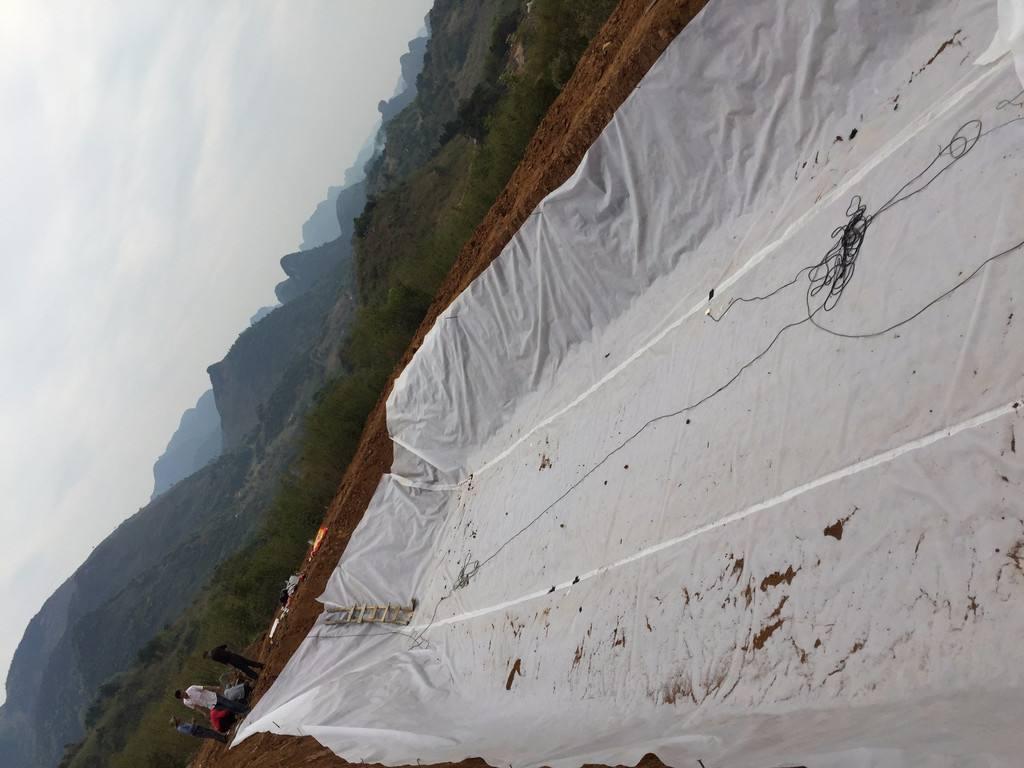 土工膜作为防渗层比传统钢筋混凝土水池有哪些优越性|公司资讯-山东领翔新材料有限公司|