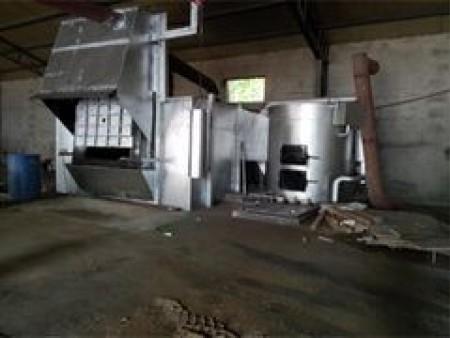 集中熔铝炉