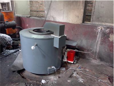 倾斜式电熔铝炉