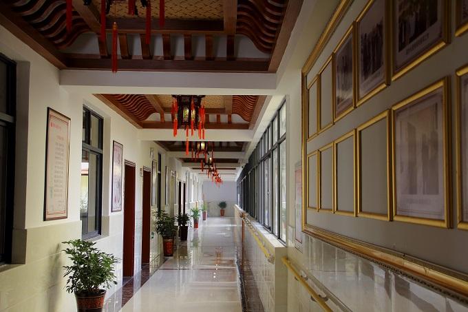 走廊 (2).jpg
