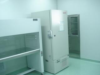 洁净实验室1.jpg
