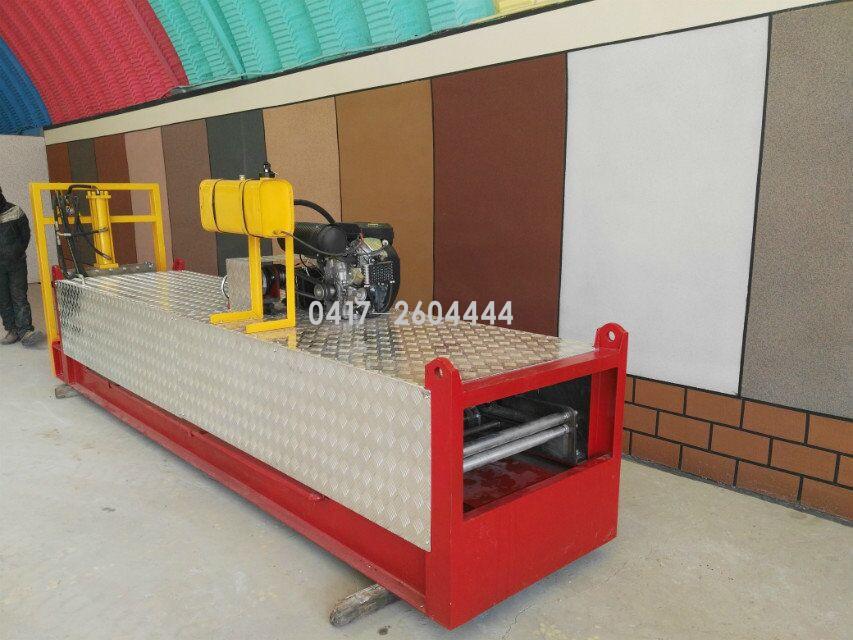 新型框架屋面板成型设备
