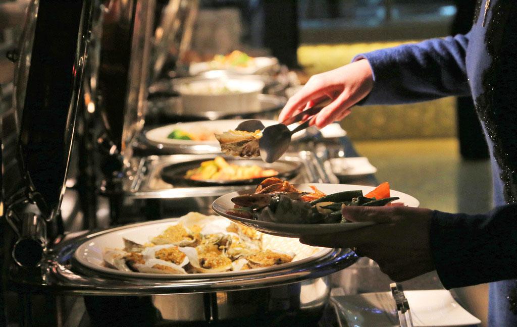 中西合璧自助餐