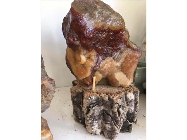 北红玛瑙原石晶石摆件